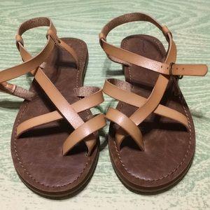 c491cf5933bc Shoes - 🆕 Women s Lavinia Toe Wrap Thong Sandal